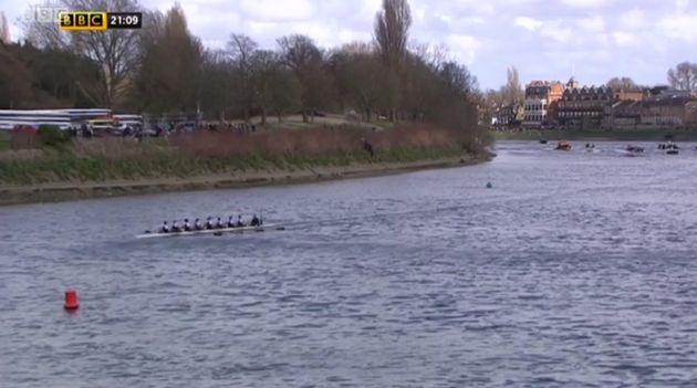 The Oxford boat far ahead of the Cambridge