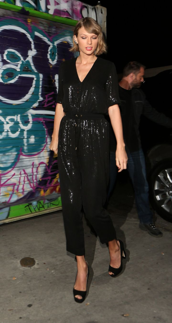 Taylor Swift Arrives At A Secret Club In West Hollywood To Celebrate Lady Gagas 30th Birthday