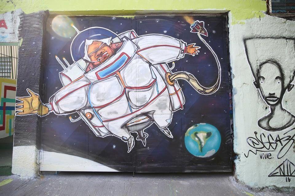 Mural by Enivo.