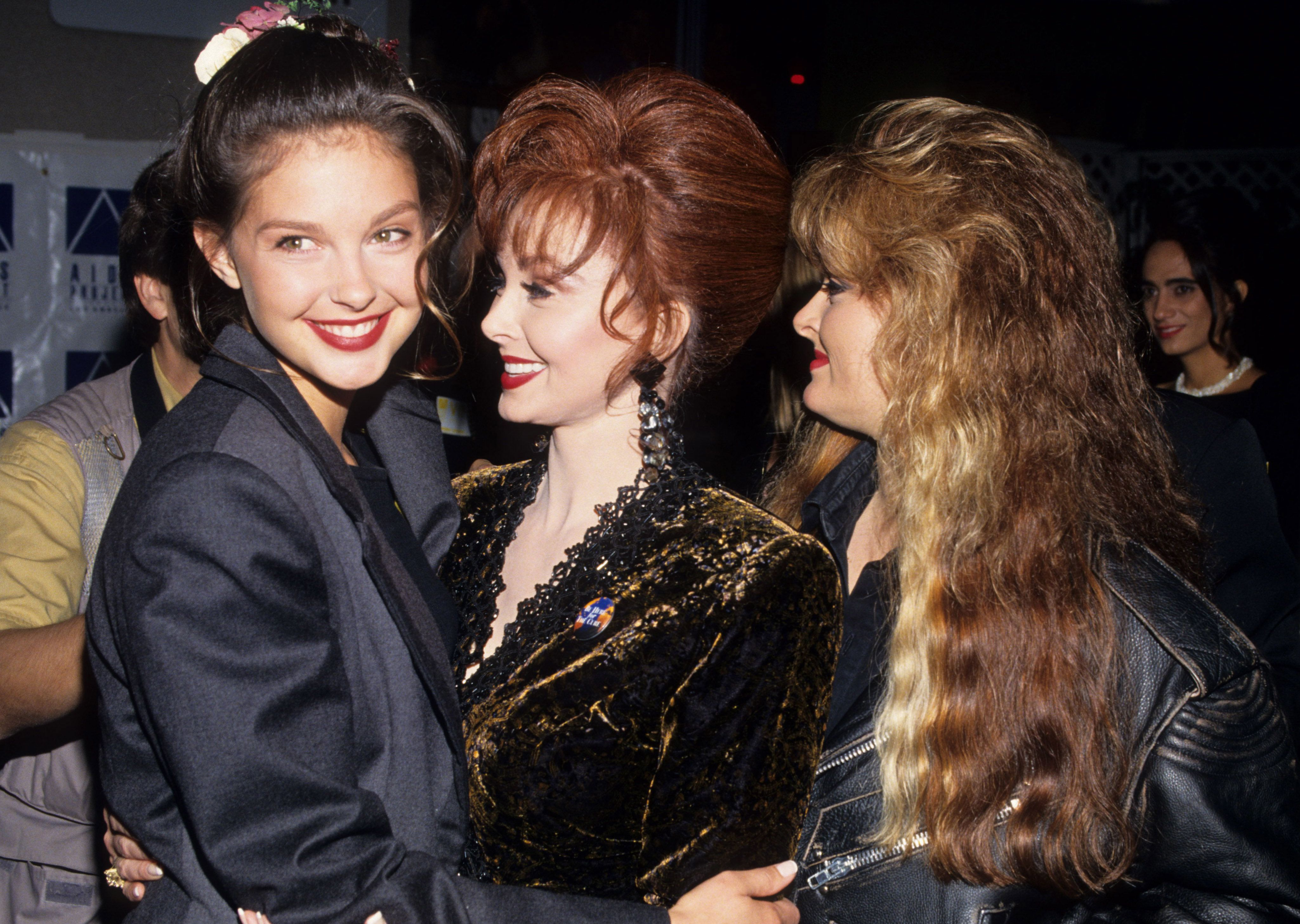 Ashley Judd, Naomi Judd and Wynonna Judd during APLA 6th Commitment to Life Concert Benefit at Universal Amphitheater in Universal City, California, United States. (Photo by Ke.Mazur/WireImage)