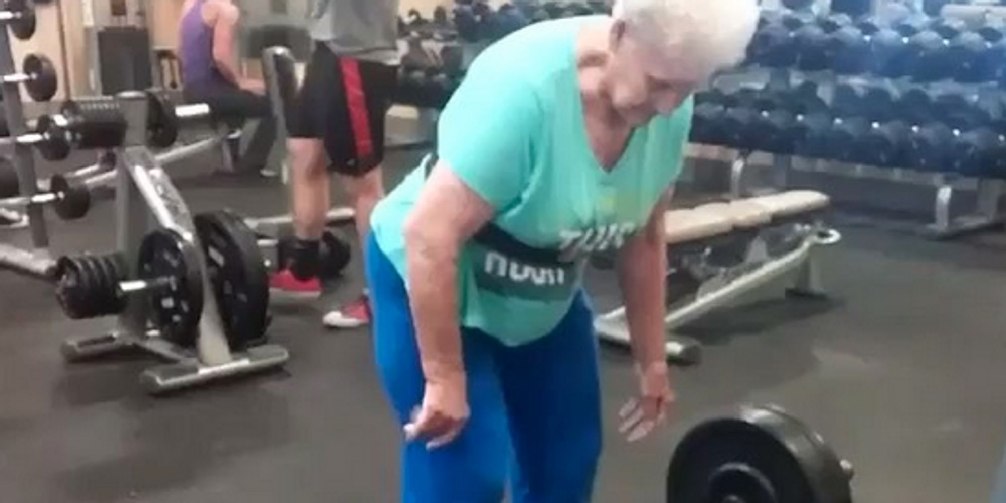 78 year old grandmother can deadlift 225 pounds like a boss huffpost uk. Black Bedroom Furniture Sets. Home Design Ideas