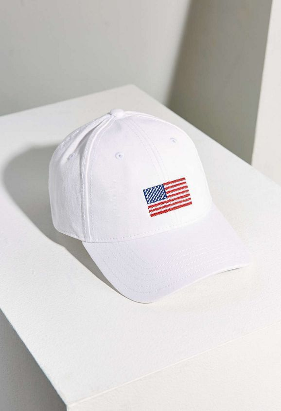 """<a href=""""http://www.urbanoutfitters.com/urban/catalog/productdetail.jsp?id=38647798&category=W_ACC_HATS&color=010"""" ta"""