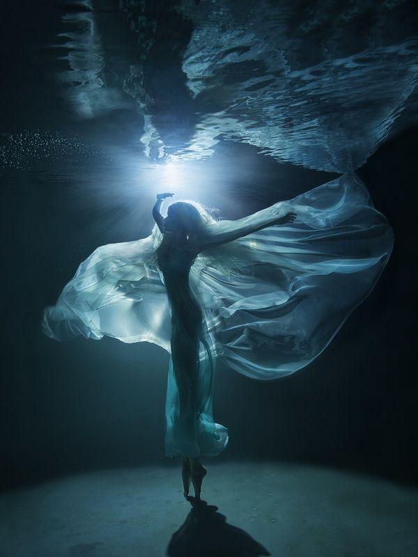 "<a href=""http://www.underwaterphotography.com/Members/Member-Profile.aspx?ID=36039"">Lucie Drlikova</a>,&nbsp;Czech Republic"