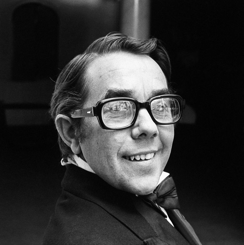 ronnie corbett youtube