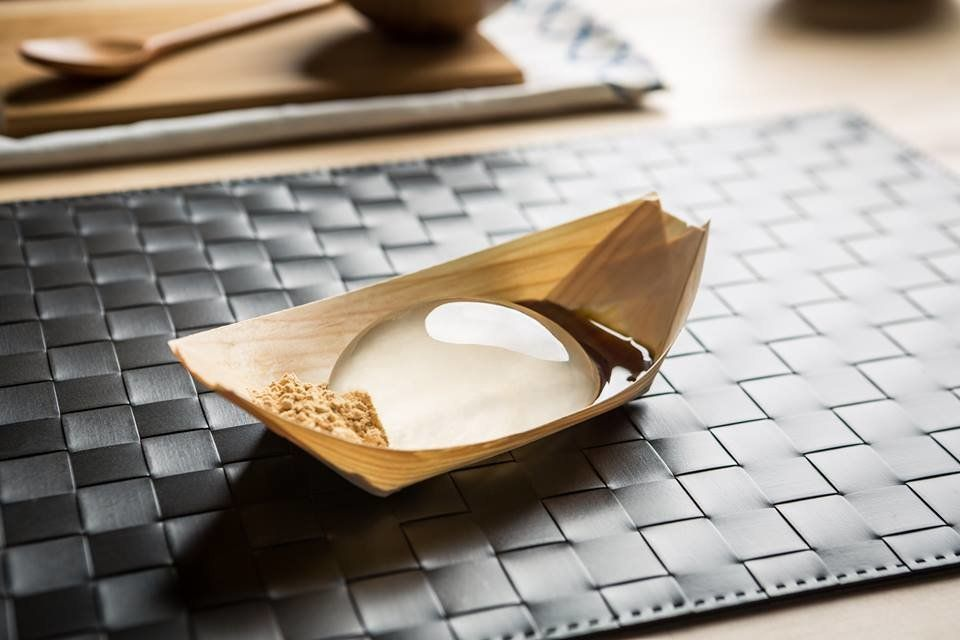 The Raindrop Cake Is Coming To America. Is This The Next