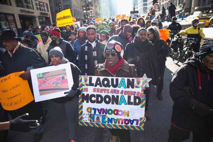 Protesters call for Chicago Mayor Rahm Emanuel (D) to resign on Dec. 31, 2015, for Emanuel's handling of the shooting de