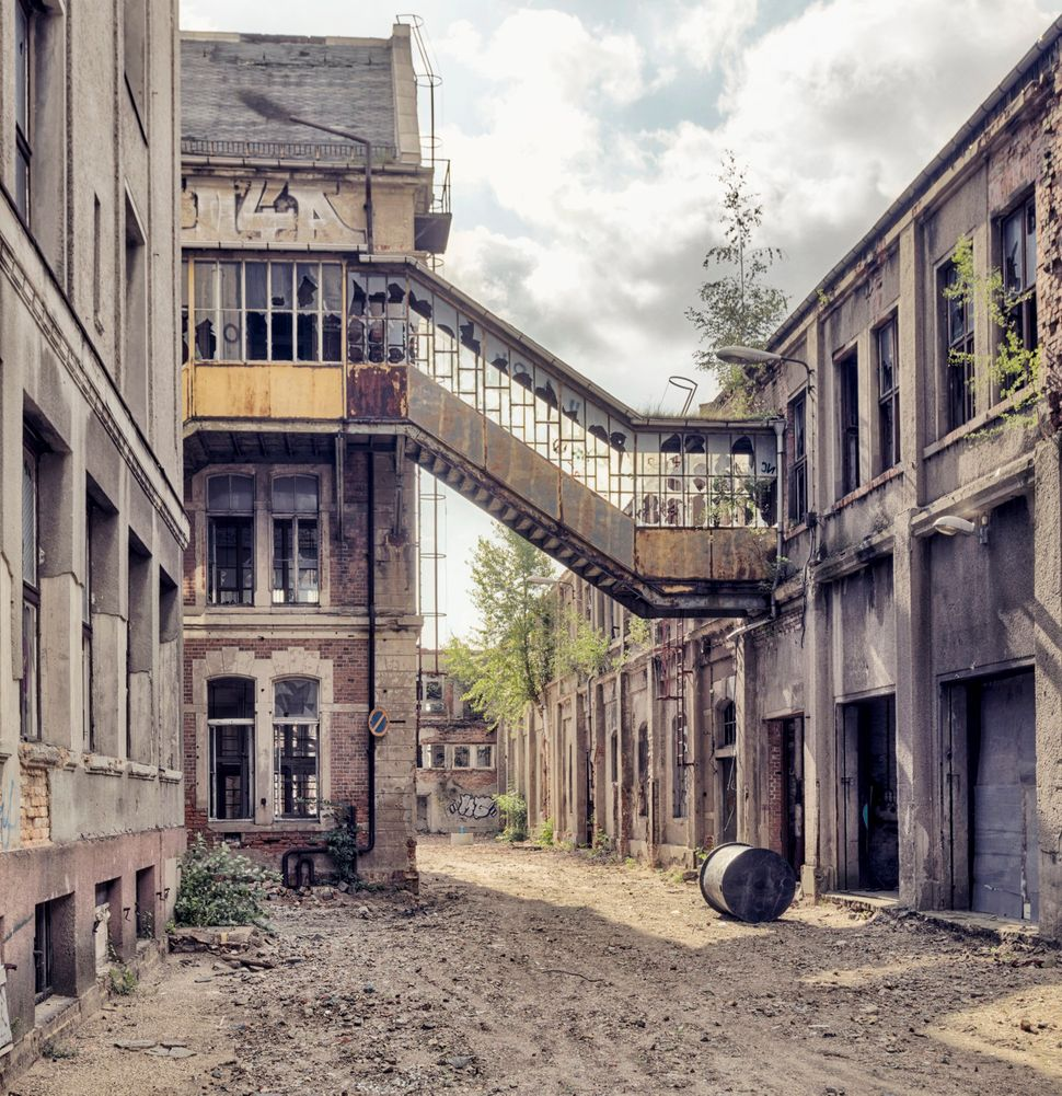 Photos Of Abandoned Buildings In Europe Show The Beauty In