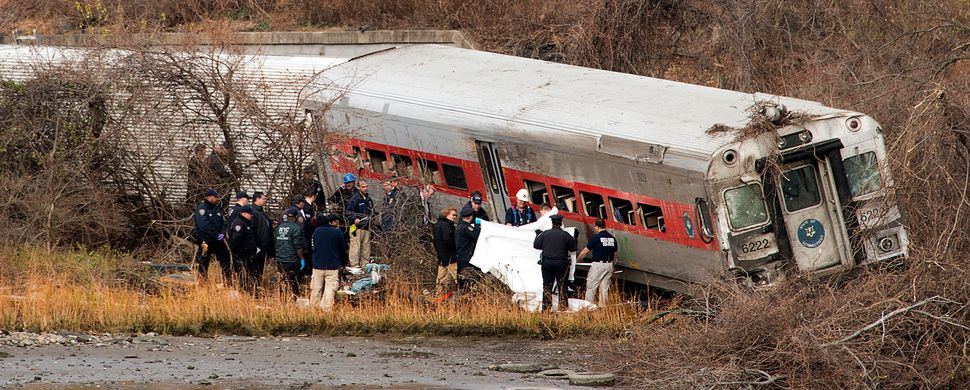 In December 2013, a Metro-North commuter train engineer with undiagnosed sleep apnea fell asleep and caused a derailment that