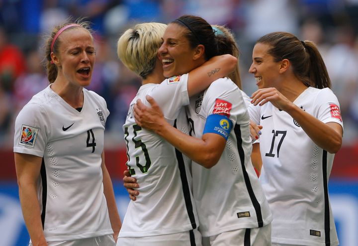 "The U.S. women's national team shared&nbsp;$2 million for winning&nbsp;the 2015 World Cup,&nbsp;while the <a href=""http://www"
