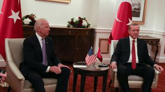 WASHINGTON, USA - MARCH 31: Turkish President Recep Tayyip Erdogan (R) meets Vice President of USA Joe Biden (L) prior to Nuclear Security Summit in Washington, United States on March 31, 2016. (Photo by Cem Ozdel/Anadolu Agency/Getty Images)