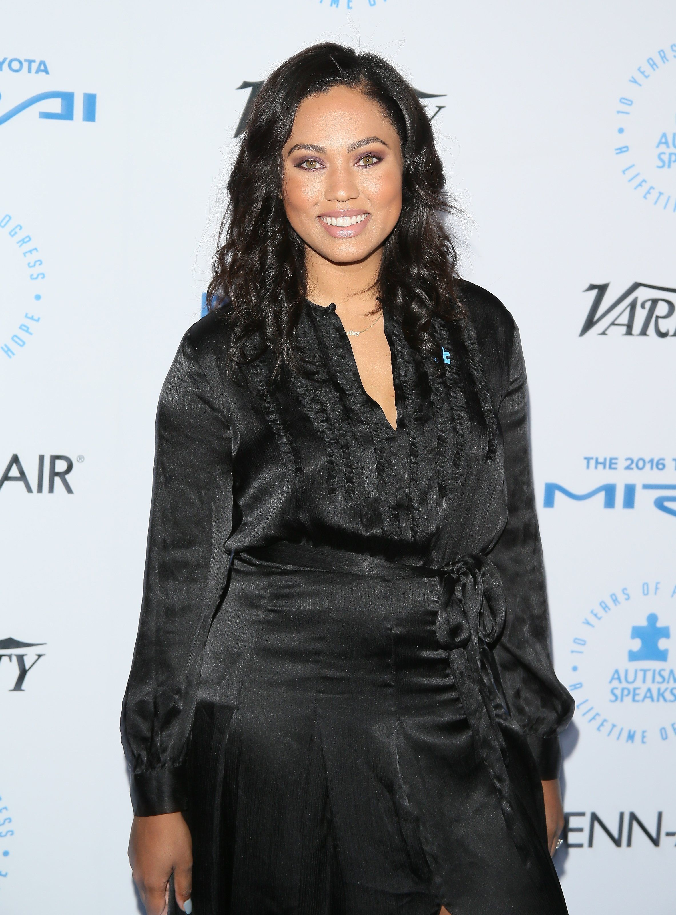 SANTA MONICA, CA - OCTOBER 08: Ayesha Curry attends the Autism Speaks to Los Angeles celebrity chef gala held at the Barker Hangar on October 8, 2015 in Santa Monica, California.  (Photo by JB Lacroix/WireImage)