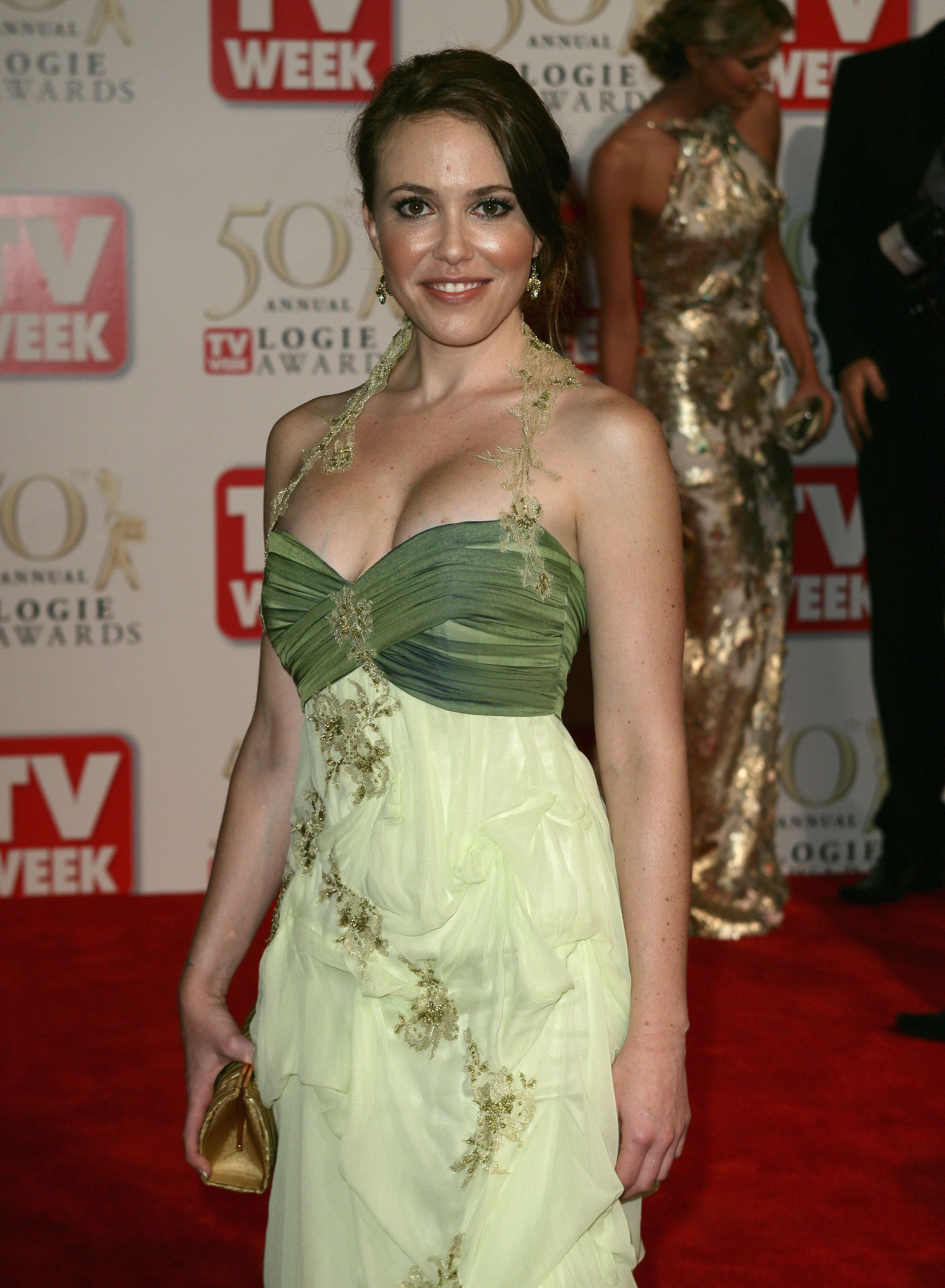 U0027Neighboursu0027 Actress Kym Valentine Has Given Birth To Her Second Child