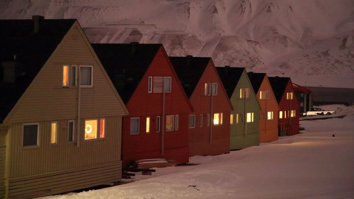 The collapse of the coal market has prompted the town of Longyearbyen to look for new economic opportunities in tourism and r