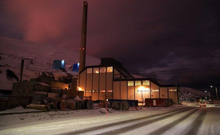 Longyearbyen's power plant burns coal from Mine 7.