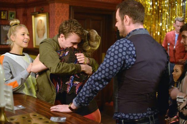 'EastEnders' Spoiler: Johnny Carter's Back! New Actor Arrives In Albert