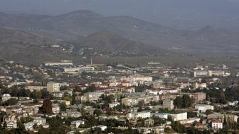 A general view shows Nagorno Karabakh's main city of Stepanakert, in this October 30, 2009 file photo.  REUTERS/David Mdzinarishvili/Files