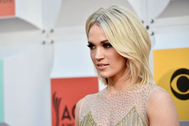Carrie Underwood Hot Pictures, Bikini And More (69 Photos