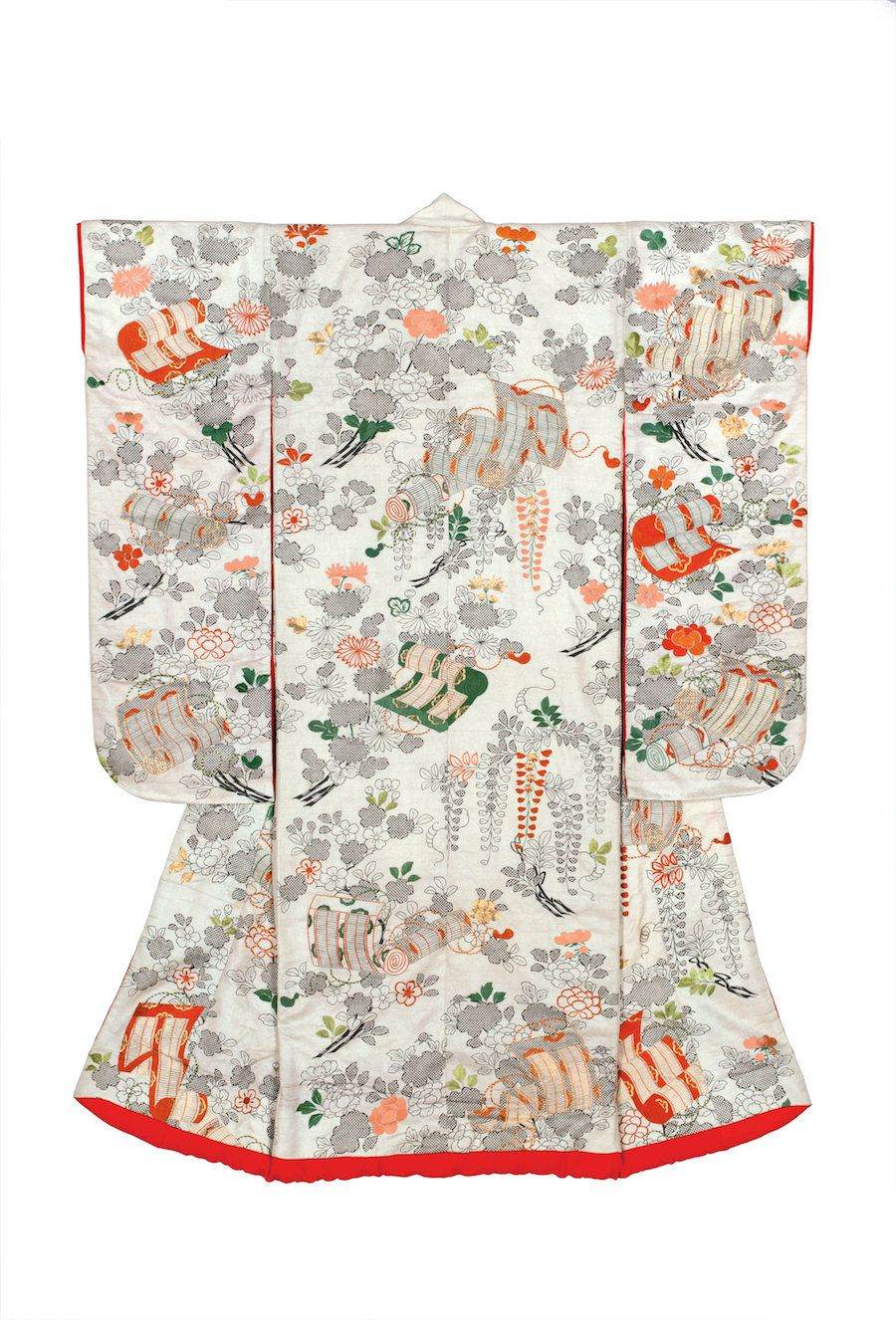 Japanese kimono: history of origin, features and traditions 26
