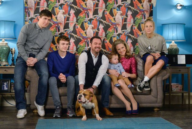 'EastEnders' Spoiler: Johnny Carter Faces Up To The His Family's