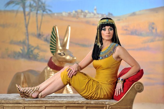 Rachel Riley Looks Unrecognisable Dressed As Cleopatra (And Obviously Isn't Afraid Of