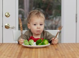 Videos Of Kids Eating Veggies May Entice Preschoolers To Eat More Themselves