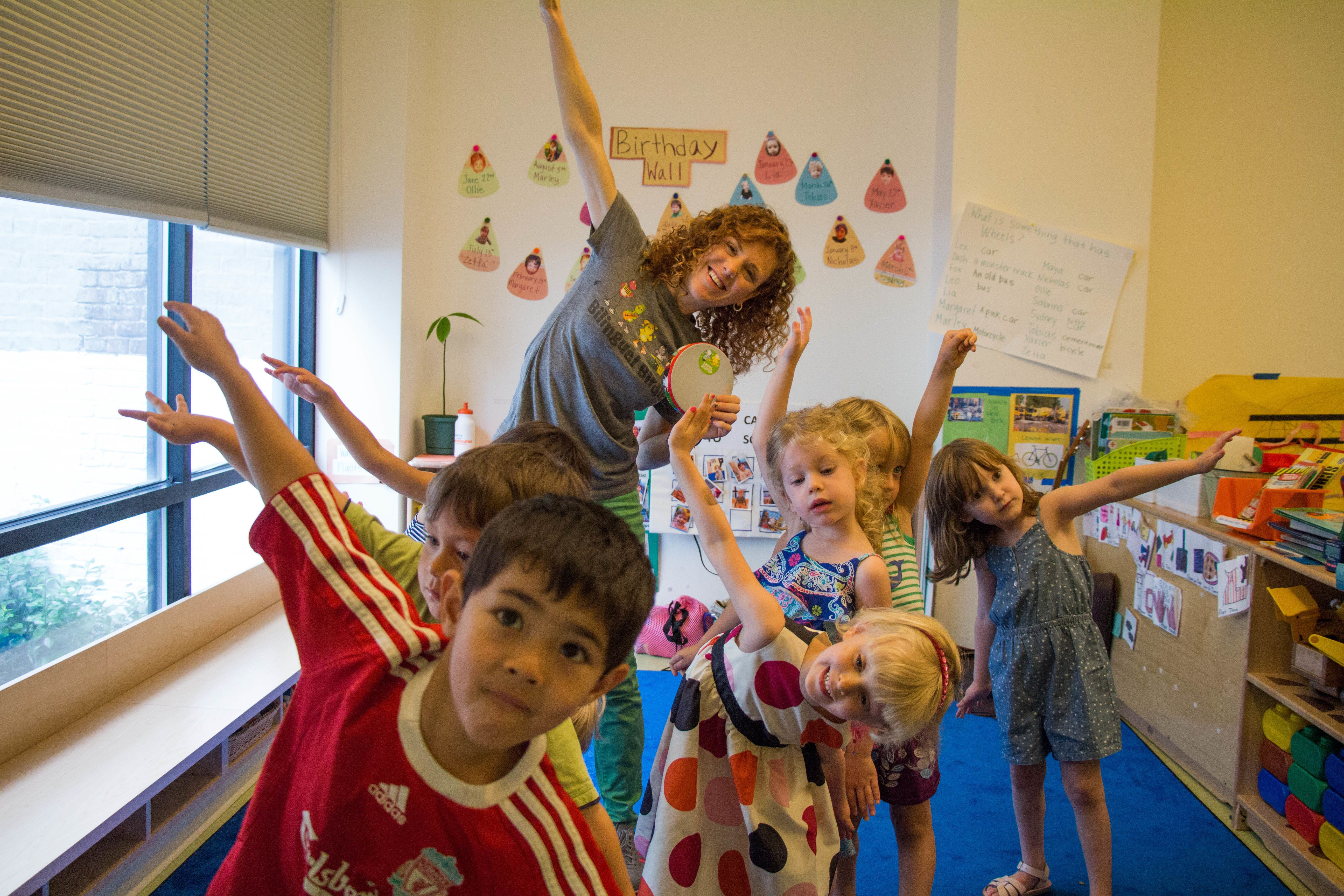 Bilingual Birdies uses music and dance to teach kids foreign languages.