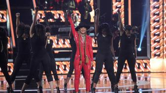NEWARK, NEW JERSEY - APRIL 01:  Tracee Ellis Ross performs onstage at Black Girls Rock! 2016 on April 1, 2016 in Newark City.  (Photo by Brad Barket/BET/Getty Images for BET)
