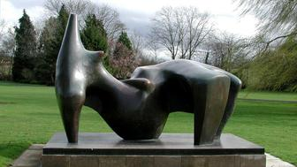 "-UNDATED PHOTO- A handout image released December 17, 2005 shows the Henry Moore sculpture ""A Reclining Figure"", which was stolen on December 15, 2005. British police hunted for three men on Saturday who stole the sculpture worth up to 3 million pounds ($5.30 million) and a spokesman said they feared the piece would be destroyed for scrap. The sculpture was stolen from the Henry Moore Foundation in Hertfordshire, north of London.   ??? USE ONLY"