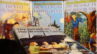 Drew_kf_052802_phototrak066531 Four Nancy Drew books from the 1930s. taken from the Osborne Collection of the toronto public library. (Photo by Ken Faught/Toronto Star via Getty Images)