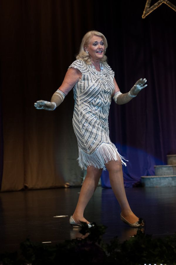 Linda Allbright of Sun City, Arizona, performing during the talent competition.