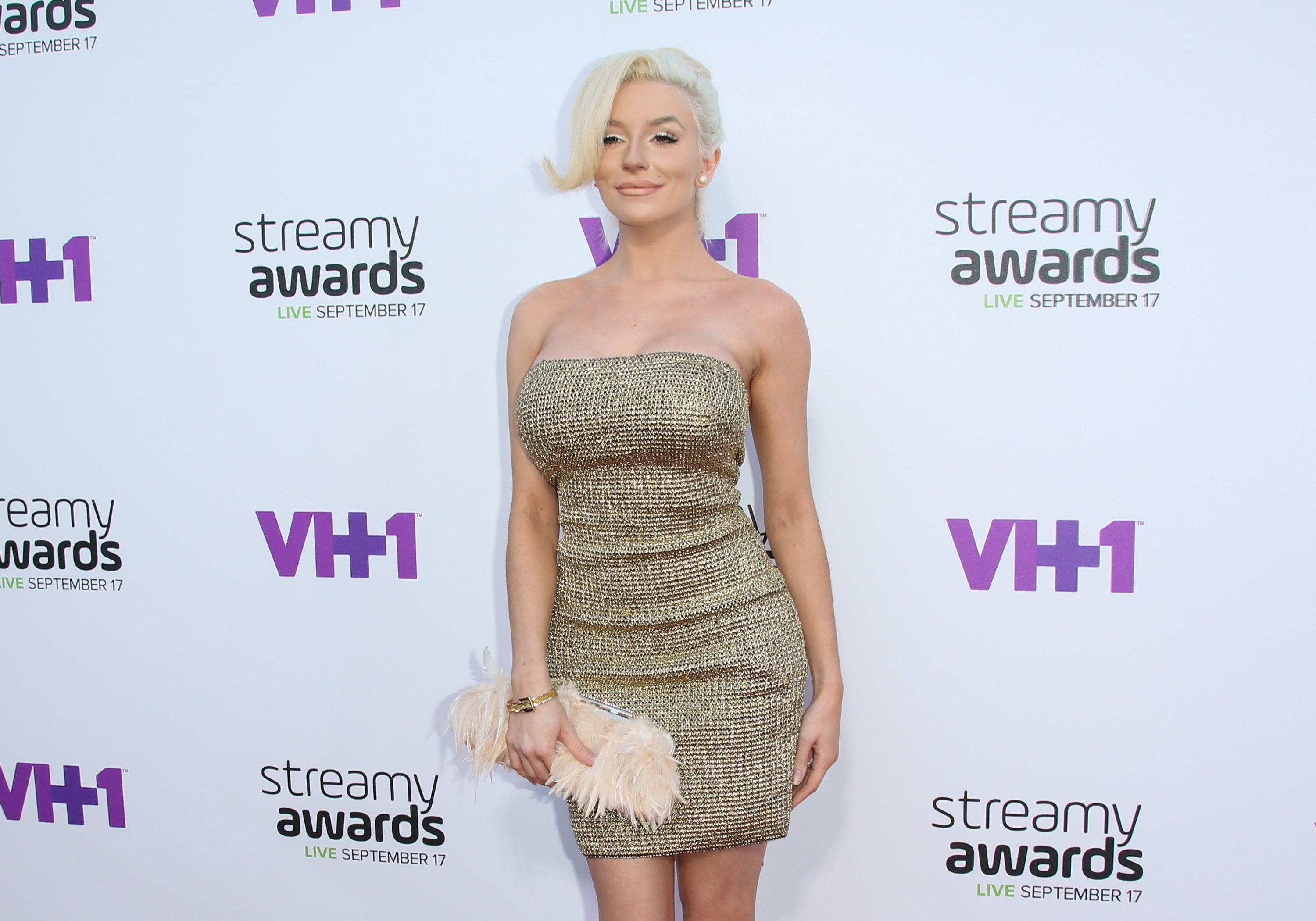 LOS ANGELES, CA - SEPTEMBER 17:  Reality TV Personality Courtney Stodden attends the 5th Annual Streamy Awards at The Hollywood Palladium on September 17, 2015 in Los Angeles, California.  (Photo by Paul Archuleta/FilmMagic)