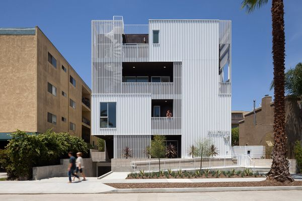 Cloverdale749; Los Angeles<br>Lorcan O'Herlihy Architects