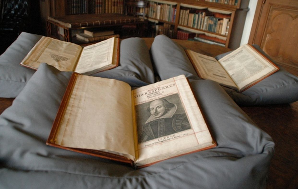 400 Year Old Shakespeare Folio Worth Millions Discovered On Scottish