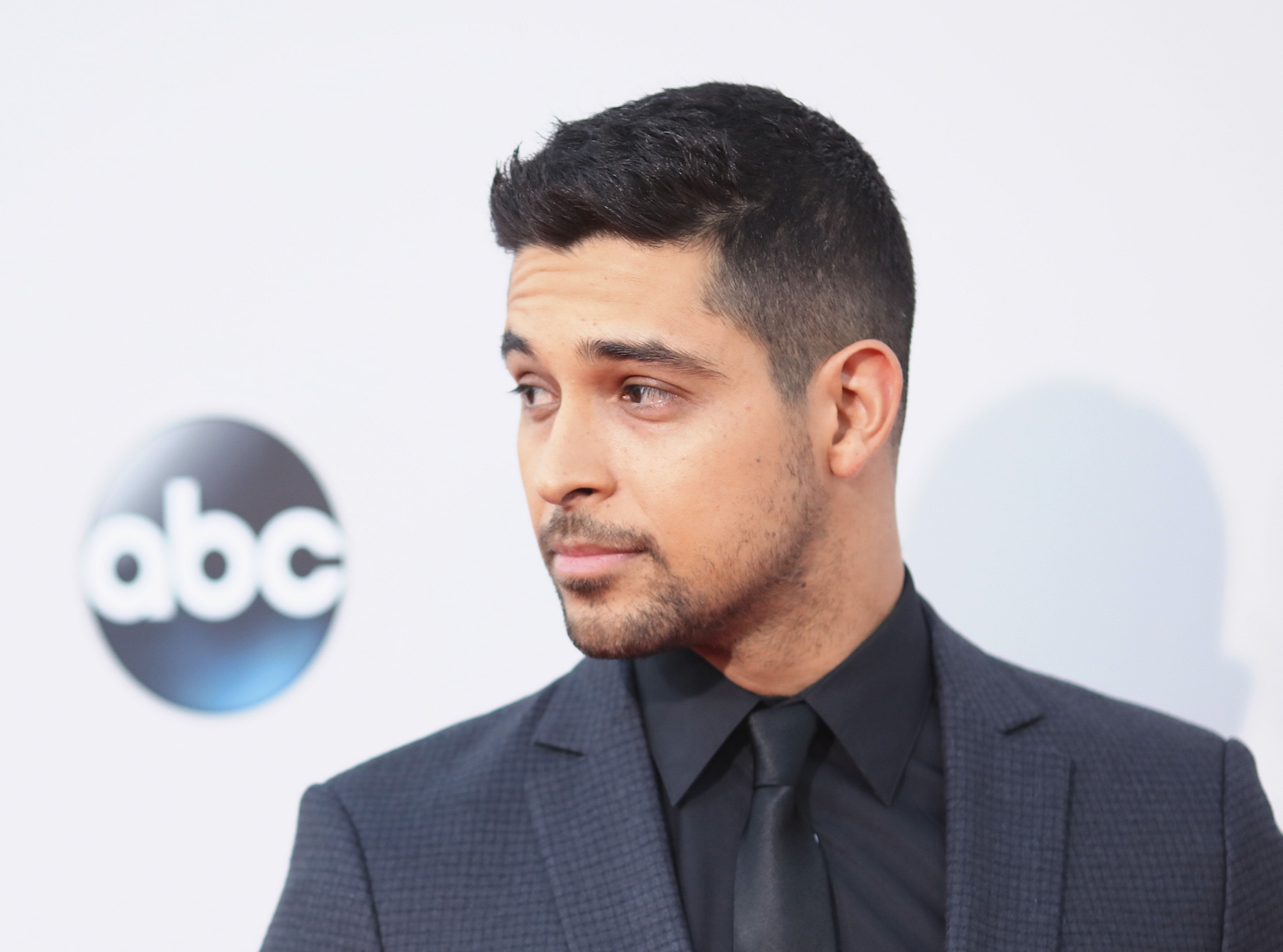 LOS ANGELES, CA - NOVEMBER 22: Actor Wilmer Valderrama attends the 2015 American Music Awards at Microsoft Theater on November 22, 2015 in Los Angeles, California.  (Photo by Mark Davis/Getty Images)