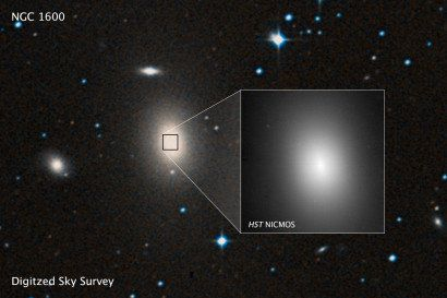 A sky survey of the massive galaxy NGC 1600.