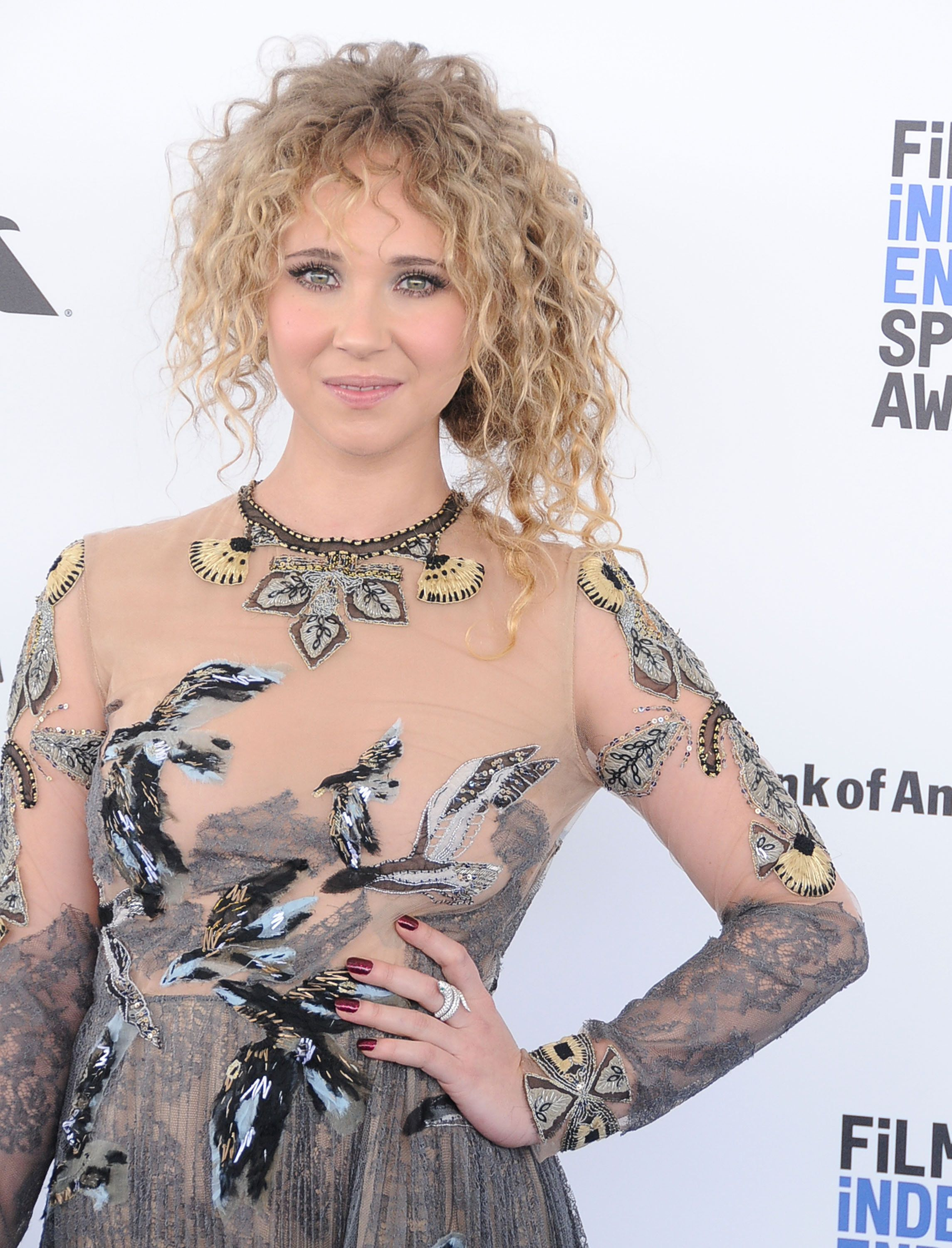 Actress Juno Temple attends the 2016 Film Independent Spirit Awards on February 27, 2016 in Santa Monica, California.