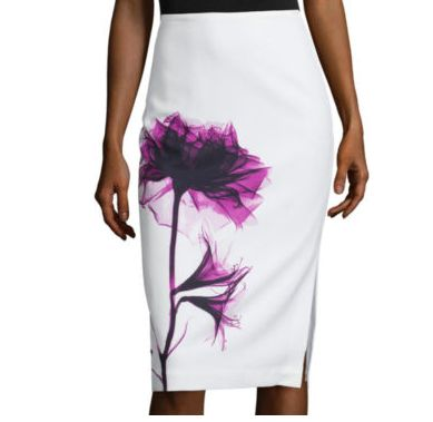 ThisWorthington Side Slit Pencil Skirtbeing sold by J.C. Penney has gone viral after someone interpretedthe flower tolook like a blood stain.