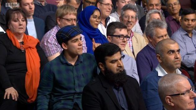 Question Time: Man In Blue Tartan Hat Slams £9.3m Spent On Pro-EU