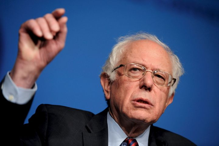 Bernie Sanders and Donald Trumpagree on one thing: They both don't like free trade deals.