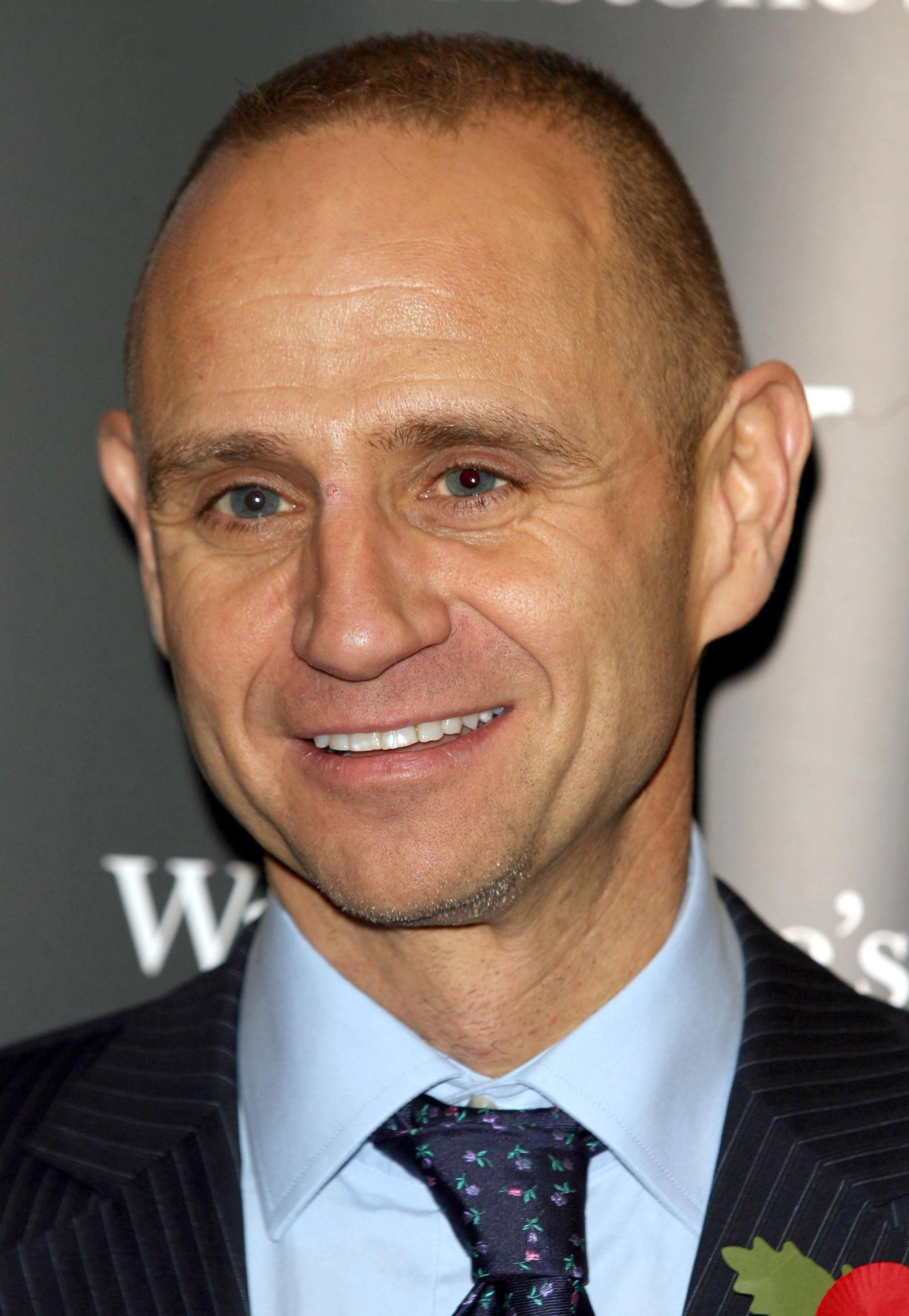 BBC's Evan Davis Forced To Clarify He's Not A Britain First