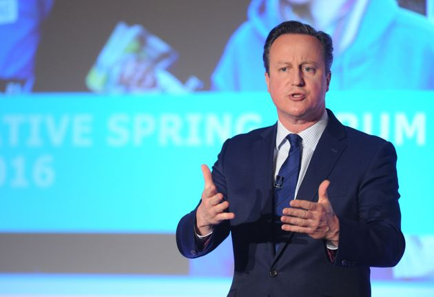 David Cameron Publishes Tax Records, Reveals He Received £200,000 Gift From His