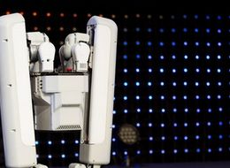 Google's New Robot Is Scarily Good At Everyday Tasks You Can't Do