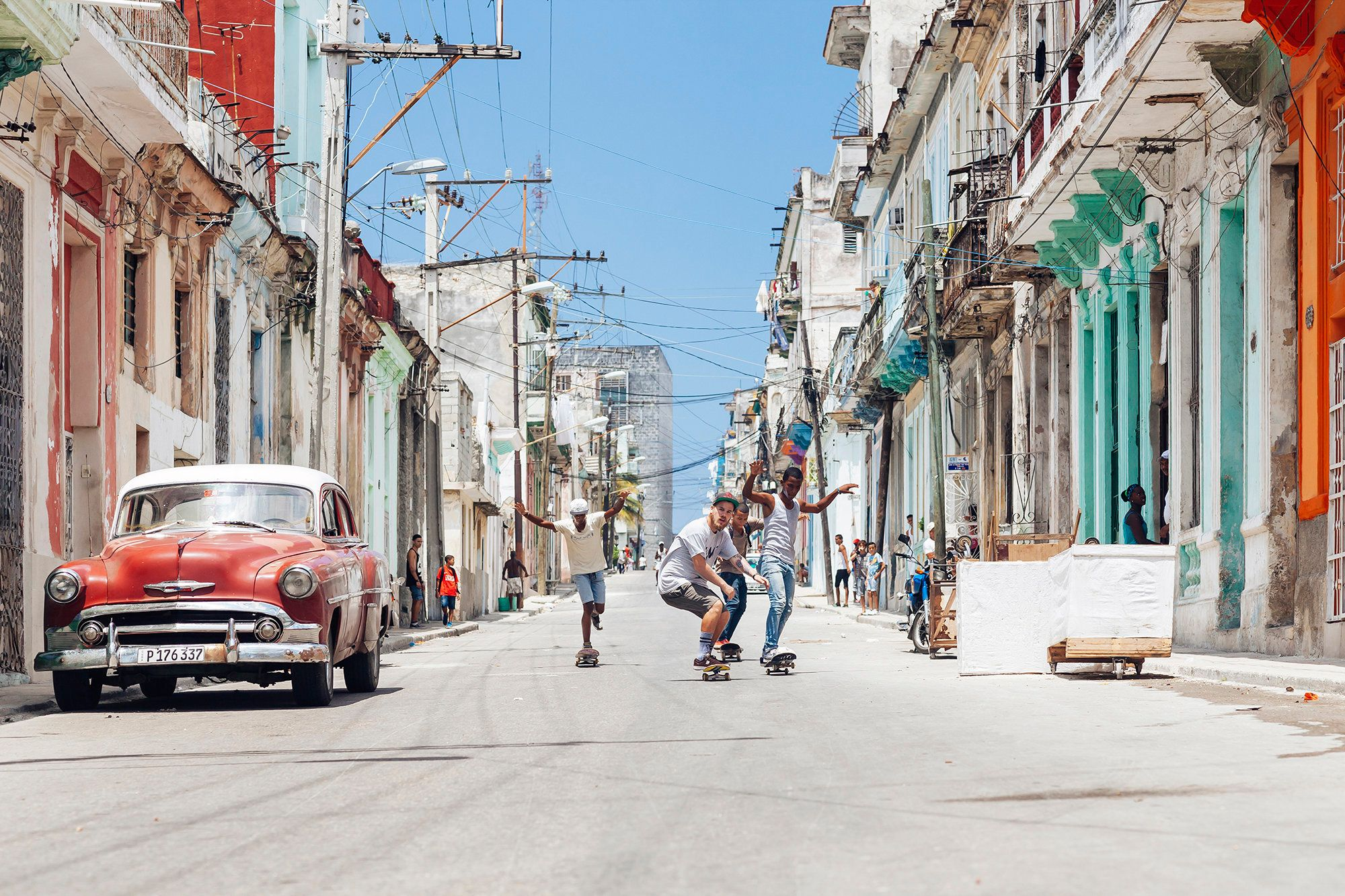 "Skating down the streets of Centro Habana. (All Photos are Copyright of <strong><a href=""http://emmypark.com/"">Emmy Park</a>."