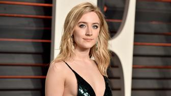 BEVERLY HILLS, CA - FEBRUARY 28:  Actress Saoirse Ronan attends the 2016 Vanity Fair Oscar Party hosted By Graydon Carter at Wallis Annenberg Center for the Performing Arts on February 28, 2016 in Beverly Hills, California.  (Photo by Alberto E. Rodriguez/WireImage)