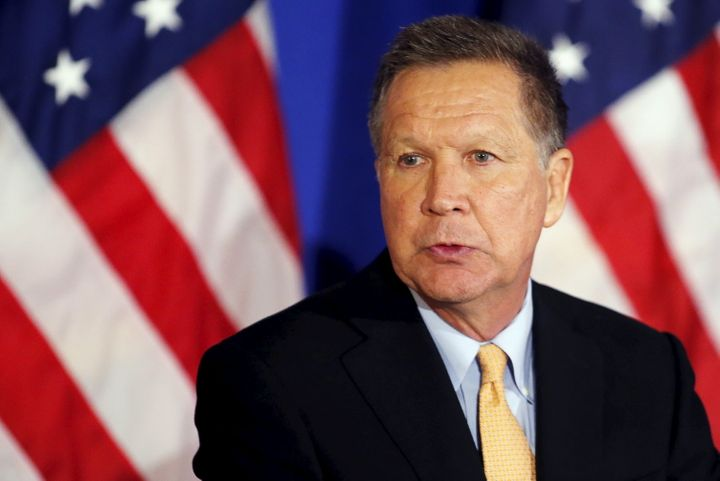 Ohio Gov. John Kasich (R) criticizes Donald Trump and Ted Cruz