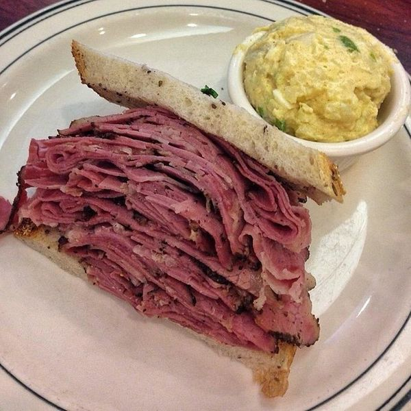 """Have you EVER seen a sandwich piled so high? Head out to <a href=""""https://foursquare.com/brentsdeli"""" target=""""_blank"""">L.A.'s N"""