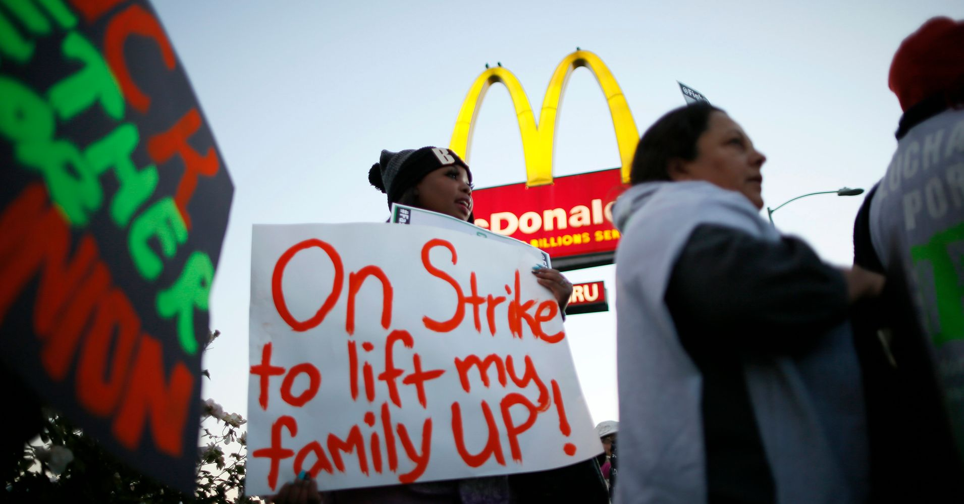 Low-Wage Workers Plot Their Next 'Fight For $15' Strike ...