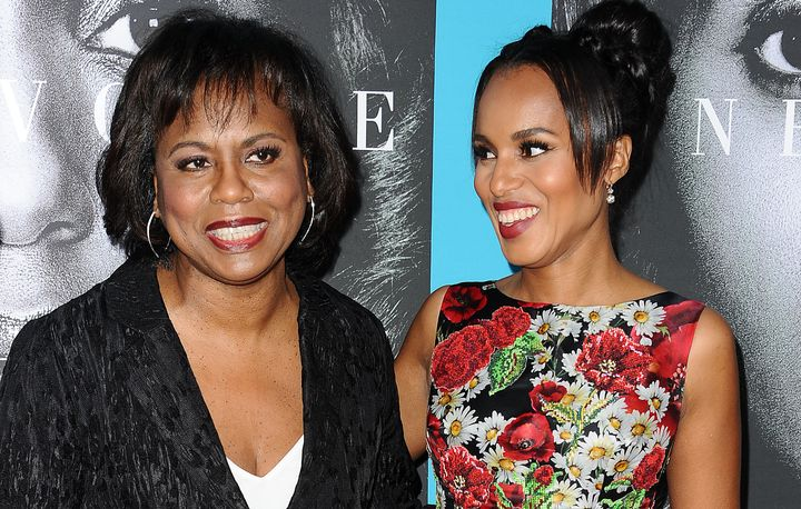 """Anita Hill (L) and actress Kerry Washington attend the premiere of """"Confirmation"""" in Hollywood."""