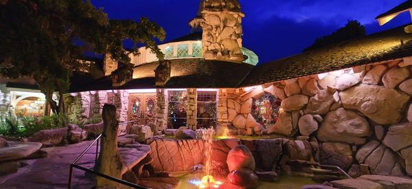 Offbeat Sleeps: California's Quirkiest Theme Hotels