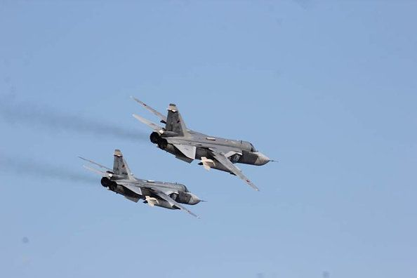 Watch Russian Fighter Jets Fly Dangerously Close To US